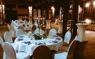 Halle Gala Floor III Buffet
